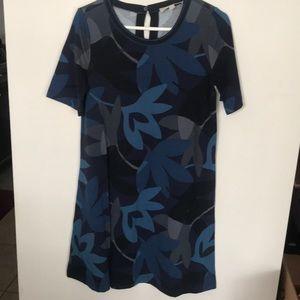 Blue floral t-shirt dress